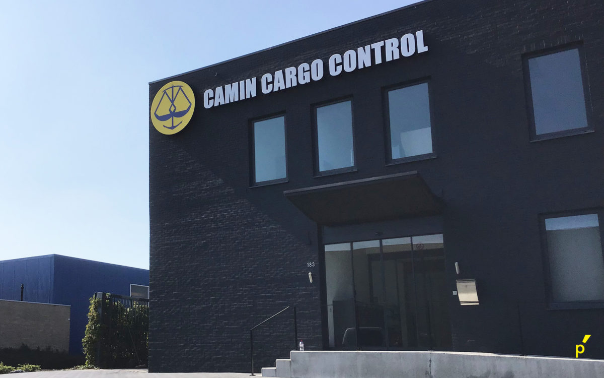 Camin Cargo Gevelreclame Publima 02