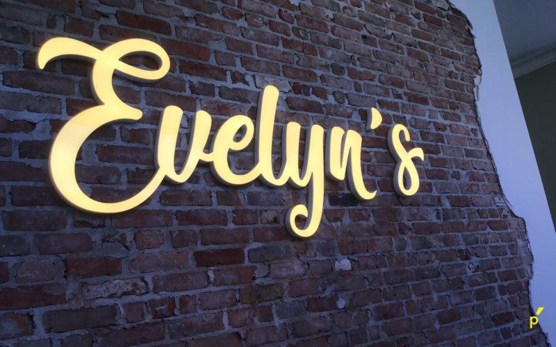 Evelyns Reliëfletters Publima 04