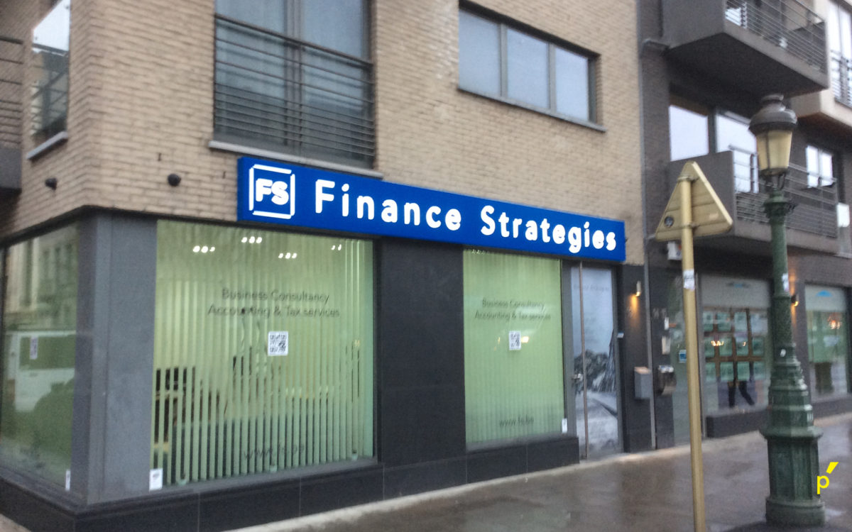 Finance Strategies Doorsteekletters Publima 08