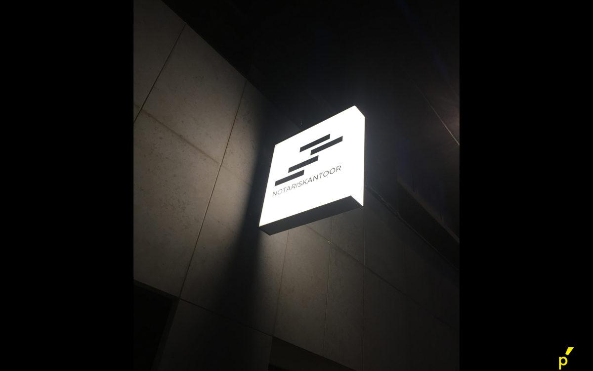 01 Lichtkasten Francoispetra Publima