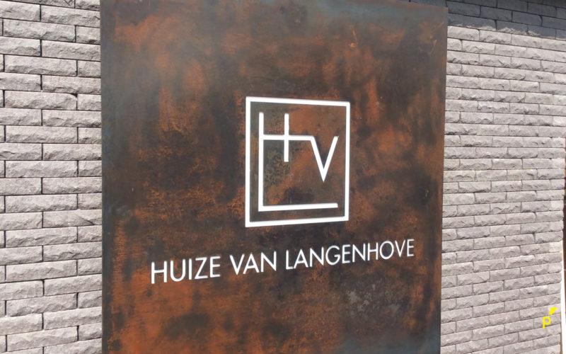 Huize Van Langenhove Gevelletters Publima 01