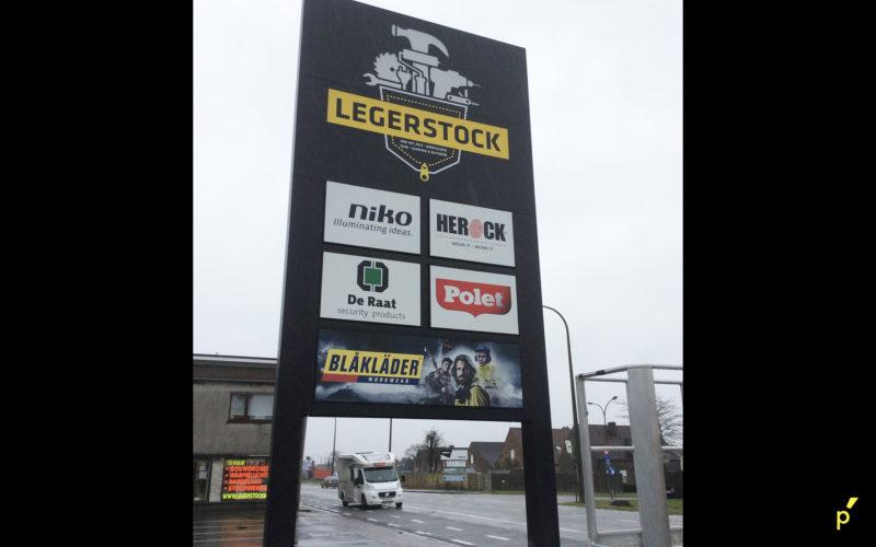 106 Totem Legerstock Publima