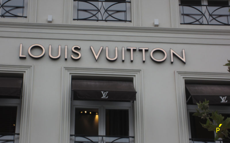 15 Neon Louisvuitton Publima