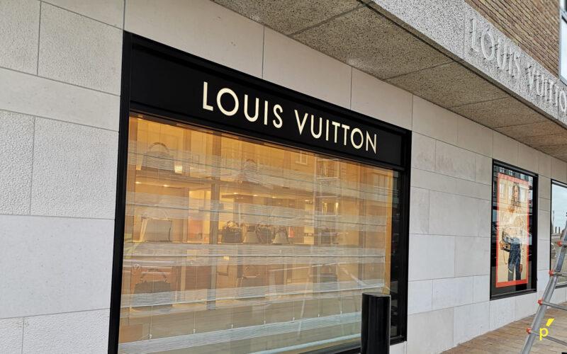 Louis Vuitton Gevelletters Publima 06