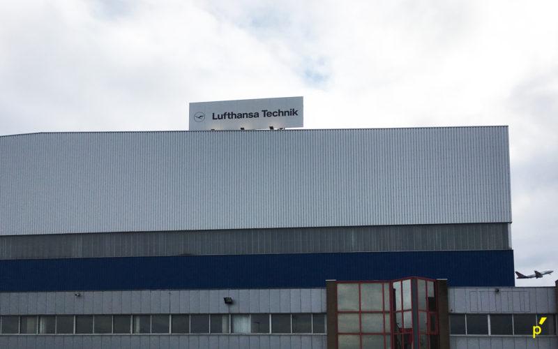 25 Gevelpaneel Lufthansa Publima