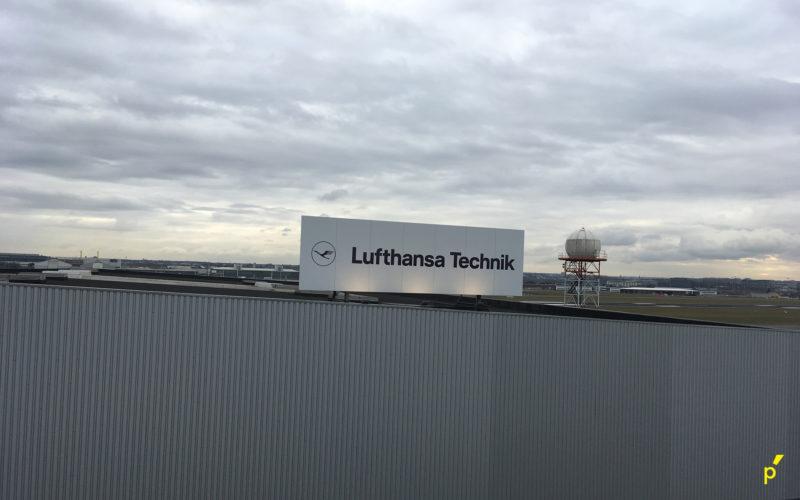 28 Gevelpaneel Lufthansa Publima