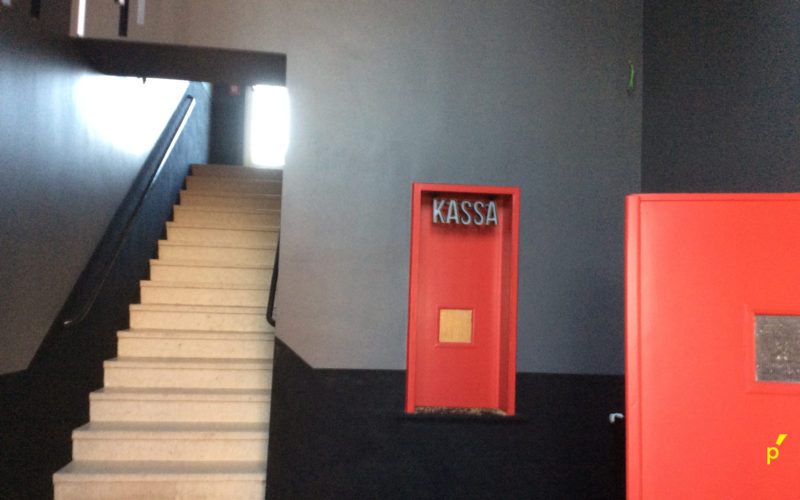 Maskerade Cultuurcentrum Lichtkast Reliëfletters Publima 06