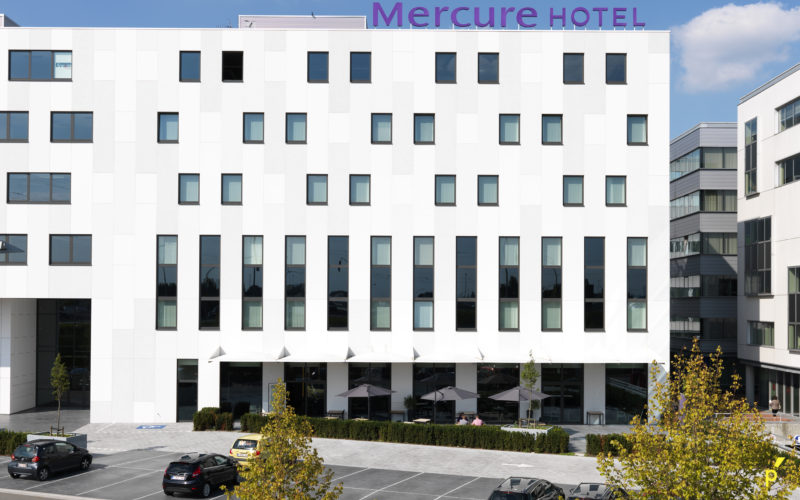 02 Gevelletters Mercurehotel Publima