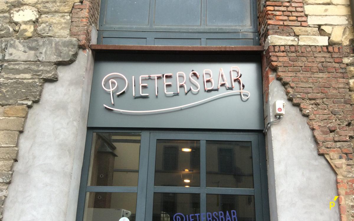 Pietersbar Neon04 Publima