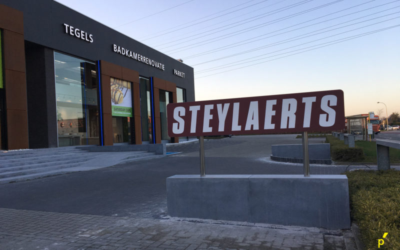 161 Gevelletters Steylaerts Publima