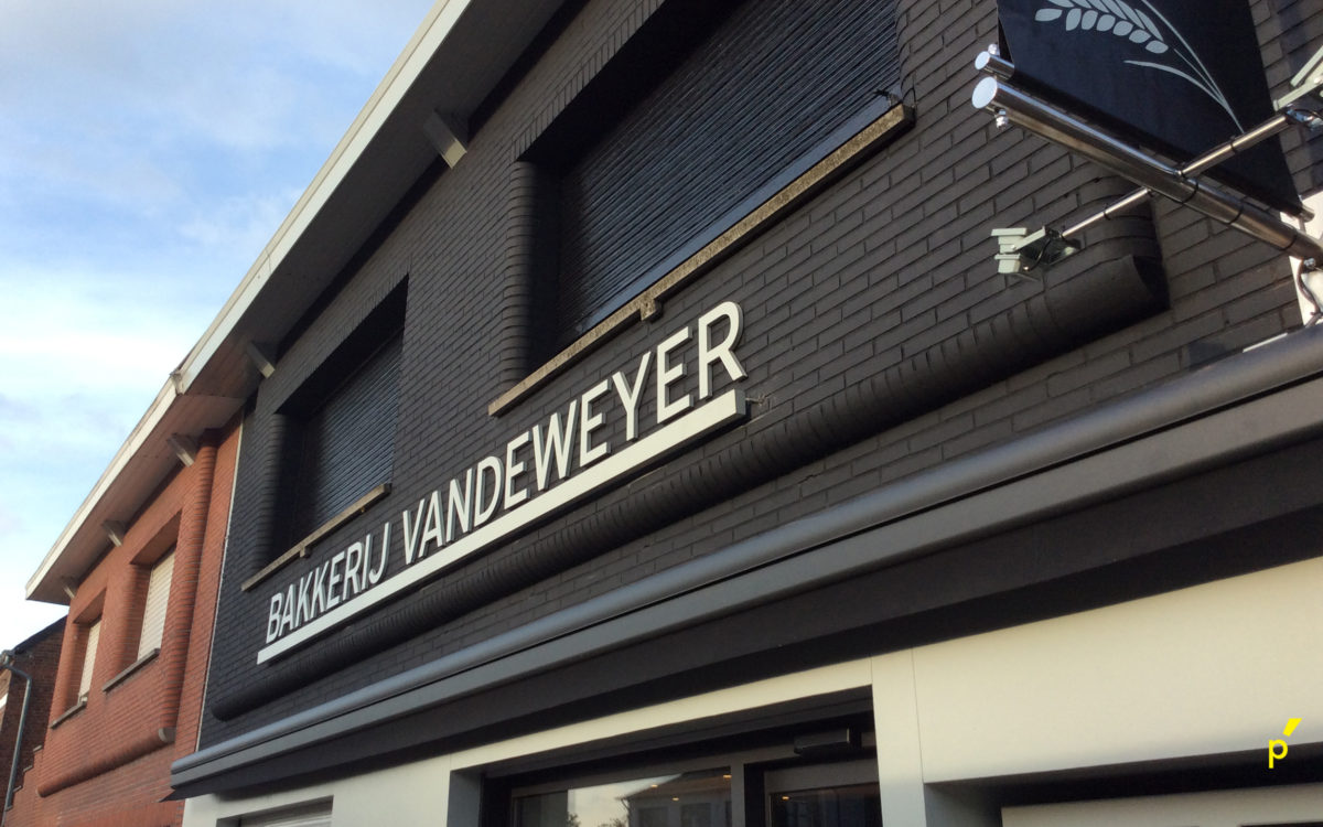 Vandeweyer Gevelletters Publima 01