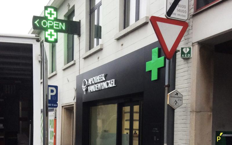 101 Apotheek Kruis Vandewynckel Jabbeke Publima